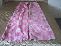 Girl's Pink Curtains