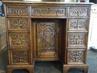 Victorian Ladies Knee hole desk