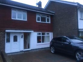 3 Bedroom Available to Rent In Tilgate Now!