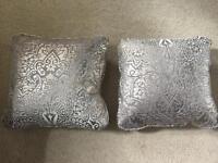 2x Harlequin Cushion Covers
