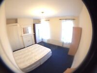 Nice double room in Leyton area avail NOW!