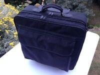 "TRUST 17"" NOTEBOOK ROLLER BAG BG-5300P / CASE/ LAPTOP/TABLET"