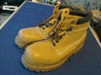 A pair of sturdy Earth Works boots eu size 46 uk size 11/12