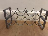 Metal bottle rack