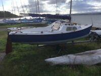 Sailing Boat - Day Sailer - Trailer Sailer