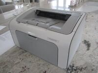 HP Laserjet 1102 printer with leads and cartridge