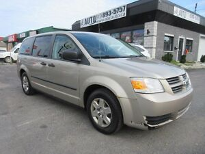 2008 Dodge Grand Caravan SE Low KM, 7 passengers, good condition