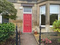 Stunning 3 bedroom unfurnished Flat with large living room and own garden