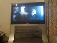 PANASONIC PLASMA 40'' TV WITH STAND
