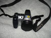 Sony DSC H5 Digital Camera