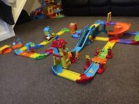 Toot toot train track set and additional deluxe track