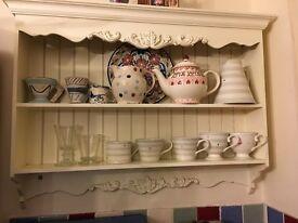 Beautiful shabby chic shelves