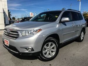 2013 Toyota Highlander LEATHER+SUNROOF!