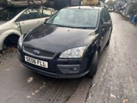 FORD FOCUS 2006 BLACK 1.8 PETROL 5DR BREAKING FOR PARTS