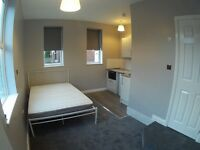 High Quality Bedsit - inc own Kitchen and En- Suite - Salford M6 Area