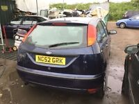 2003 FACELIFT FORD FOCUS 1600 cc ENGINE IN SUPERB CONDITION LOW MILEAGE CD ALLOYS ELECTRICS ANYTRIAL