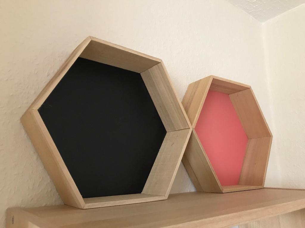 2 wall shelves