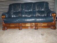 Antique Blue Leather 3+2-seater Oak Frame Suite