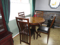 Dining table & 4 chairs solid wood