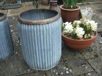 Vintage Rustic Style Galvanised Metal Garden Planter Height 47cm 18.5 Tub Barrel