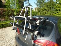 Thule 9106 Clip on High Cycle Carrier - suits hatchbacks, SUVs and campers