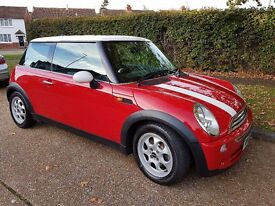 RELUCTANT SALE: MINI COOPER, RED & WHITE 05 PLATE