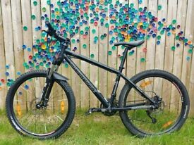 "Cannondale F5 Mountain Bike, 26"" Medium Black"