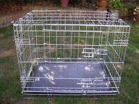 Puppy training crate, double doors, medium size in excellent condition