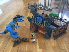 Dino roars set