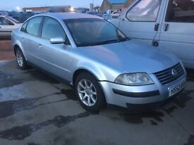 2003 Volkswagen Passat Sport Tdi breaking for PARTS ONLY postage available nationwide