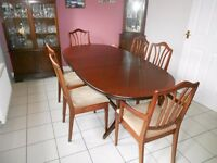 Extendable Dining Table and 6 Chairs (including 2 carvers)