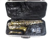 CONN 20M ALTO SAXOPHONE WITH CASE AND EXTRAS LITTLE USED