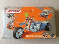Meccano Design 3 Boxed Set. Excellent condition-never used.