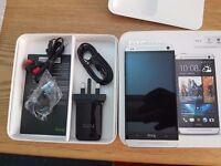 HTC One M7 - 32GB - SILVER (Unlocked) Smartphone1