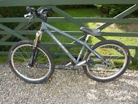 """Revell 450R frame 26"""" jump bike in excellent condition"""