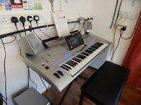 Yamaha tyros 4 arranger workstation