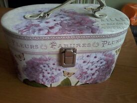 Make up/jewellery vanity case