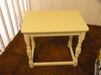 Shabby Chic Small Coffee / Occasional Table Weymouth