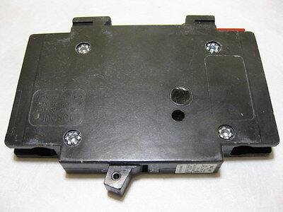 Eaton Cutler Hammer Qcr1015 Circuit Breaker 15A 120 240V 1 Pole Type T Qcf