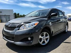 2012 Toyota Matrix SUNROOF!!!