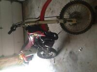 85 R Honda dirt bike