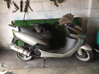 125cc moped/scooter