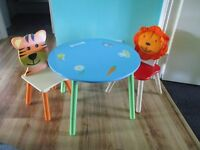 wooden table and 2 chairs for toddlers - junge theme
