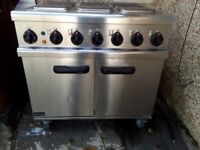 Free standing cooker 6 hot plates ideal for small buisiness take away outlet etc
