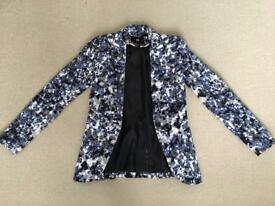H&M patterned fitted blazer size 6/8