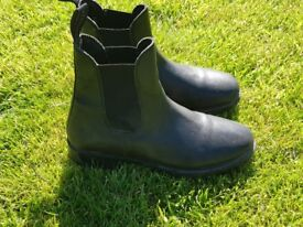 Ladies Riding Boots Size 7