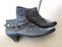 Nice women shoes in very good condition