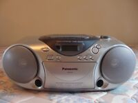 Panasonic portable stereo system, radio, CD and cassette player