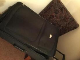 Suit case black large size