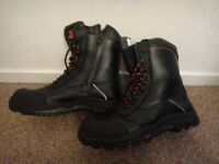 Steel toe cap safety work boots with zips and laces NEW size 9 £30 a pair